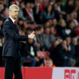 Arsene Wenger och Arsenal lever på hoppet.