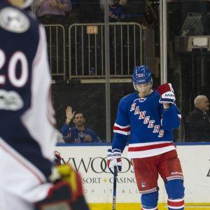 New York Rangers Chris Kreider jublar.