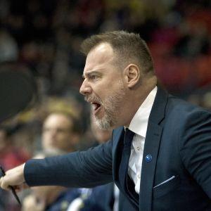 Rikard Grönborg, chefstränare för Tre Kronor