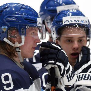 Patrik Laine och Sebastian Aho.