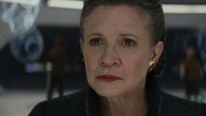 Närbild på Leia (Carrie Fisher).