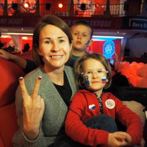 Inna Krivalapova trivs på OS med sin familj.