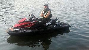 Risto åkte vattenskoter