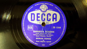 Göran Ödnerin laulaman Tunnista toiseen äänilevyn etiketti (2006).