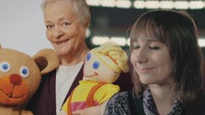 IIristiina Heinonen muistelee lapsuutensa suosikkia Eila-mummoa.