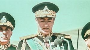 Iranin šaahin vuonna 1971 järjestämät valtavat juhlat olivat alkusoittoa yksinvallan kaatumiselle.
