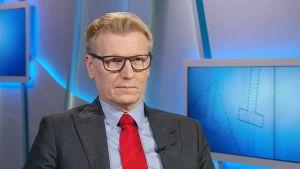 Jordbruks- och miljöminister Kimmo Tiilikainen (C) i Yles program Morgonettan den 25 februari 2017.
