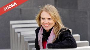 Pianotaiteilija Laura Mikkola.