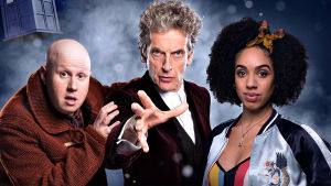 Doctor Who-sarjan kymmenes tuotantokausi: Nardole (Matt Lucas), Tohtori (Peter Capaldi), Bill (Pearl Mackie)