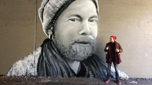 Sami Muttilainen med graffiti.