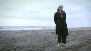 Ellen Vuosalo Kaspianmeren rannalla