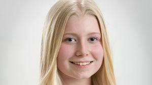 Porträttbild på Elsa Kokkonen.