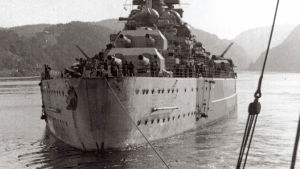 Taistelulaiva Tirpitz.