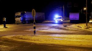 Två 17-åringar i mopedbil omkom i krock med skåpbil i Sastamala