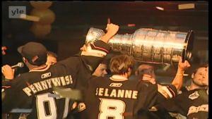 6. kesäkuuta 2007: Teemu Selänteelle uran ainoa Stanley Cup