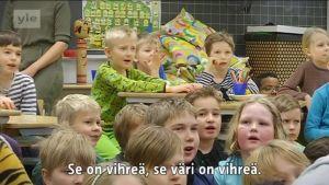 Yle Helsinki: Koskelan ala-asteen koulussa oltiin tänään vihreitä