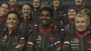 Urheilujuttuja: Intialainen Narender opetteli pesäpallon YouTubesta – muutti Suomeen oppiakseen huippupelaajaksi