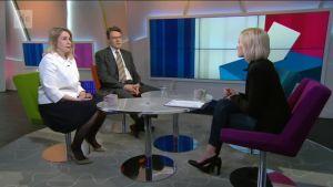 Ylen aamu-tv: Ranskan presidentin lopullinen valta punnitaan tulevissa parlamenttivaaleissa