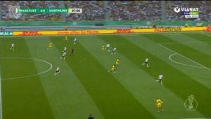 Urheilujuttuja: Dortmund voitti Hradeckyn Frankfuertin cup-finaalissa