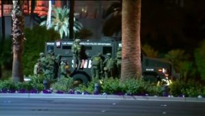 Uutisvideot: Las Vegasissa meneillään poliisioperaatio ammuskelun johdosta