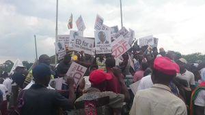 Uutisvideot: Zimbabwelaiset ottivat Mnangagwan vastaan vapauttajana