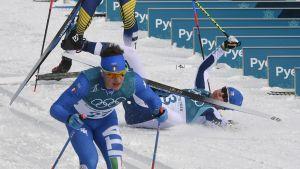 Korean olympialaiset: Ruotsalaishiihtäjä kampitti Matti Heikkisen 50 kilometrillä