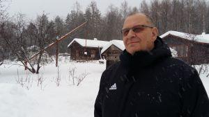 Lepikko-säätiön asiamies Olavi Savonsalmi