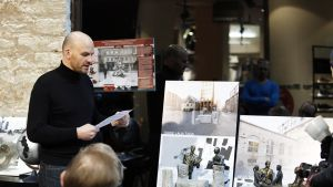 Kuuden virolaisen taiteilijan näkemykset muistomerkiksi esitellään Tallinnassa.