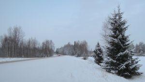 Liikenneonnettomuus tapahtui valtatiellä 25 Lohjan Braskintien ja Ravitien välisellä tieosuudella.