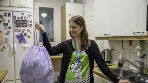 Waste Trainer Elena Saarikallio