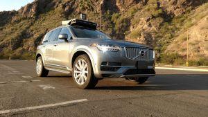 Kuljetuspalveluyhtiö Uberin kuva sen robottiautosta.