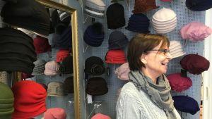 Lahtelainen hattukauppias Rauni Laaksonen