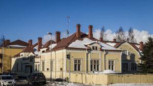 Oulun Heinäpäässä sijaitsevasta De Gamlas Hem -puutalosta kunnostetaan hotellia.