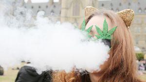 Kannabispäivää juhlitaan Kanadan Ottawassa