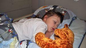 Nukkuva lapsi.