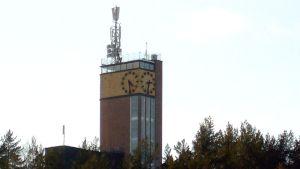 Harjun Vesilinnan torni kelloineen