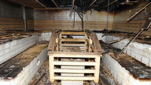 Salon uimahallin palanut saunatila.