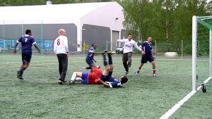 Jalkapallo-ottelu