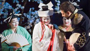 Kohtaus Madama Butterfly -oopperasta