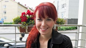 Laulaja Johanna Kurkela esiintyy torstaina Jutajaisilla. Konsertti alkaa Rovaniemen kirkossa kello 18.