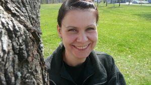 Vaasalainen Kukka-Maaria Ollus kärsi syömishäiriöstä kymmenkunta vuotta. Nyt hän uskaltaa sanoa jo toipuneensa ja jaksaa auttaa myös muita sairastuneita.