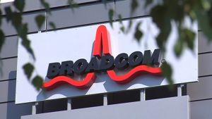 Broadcomin toimipisteen kyltti Oulussa.