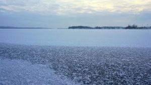 Kallavesi jäässä