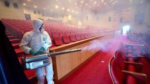 Puhdistustoimenpiteitä mers-viruksen aiheuttaman infektion ehkäisemiseksi.