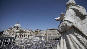 Pyhän Pietarin aukio Vatikaanissa.