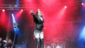 Nightwishin laulaja Floor Jansen.