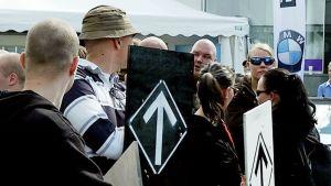 Äärioikeiston mielenosoitus Jyäskylässä 1.8.2015