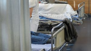 Potilaita sairaalassa.