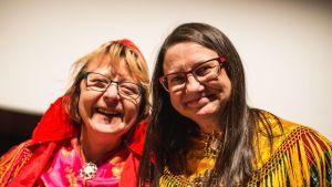 Ritva Torikka ja Inger-Mari Aikio Skábmagovain 2016.