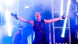 Antti Tuisku järjesti tiukan show'n Weekend Festivalissa epäilyksistä huolimatta.